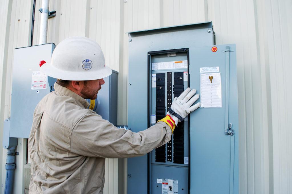 Lloyds-electric-Working