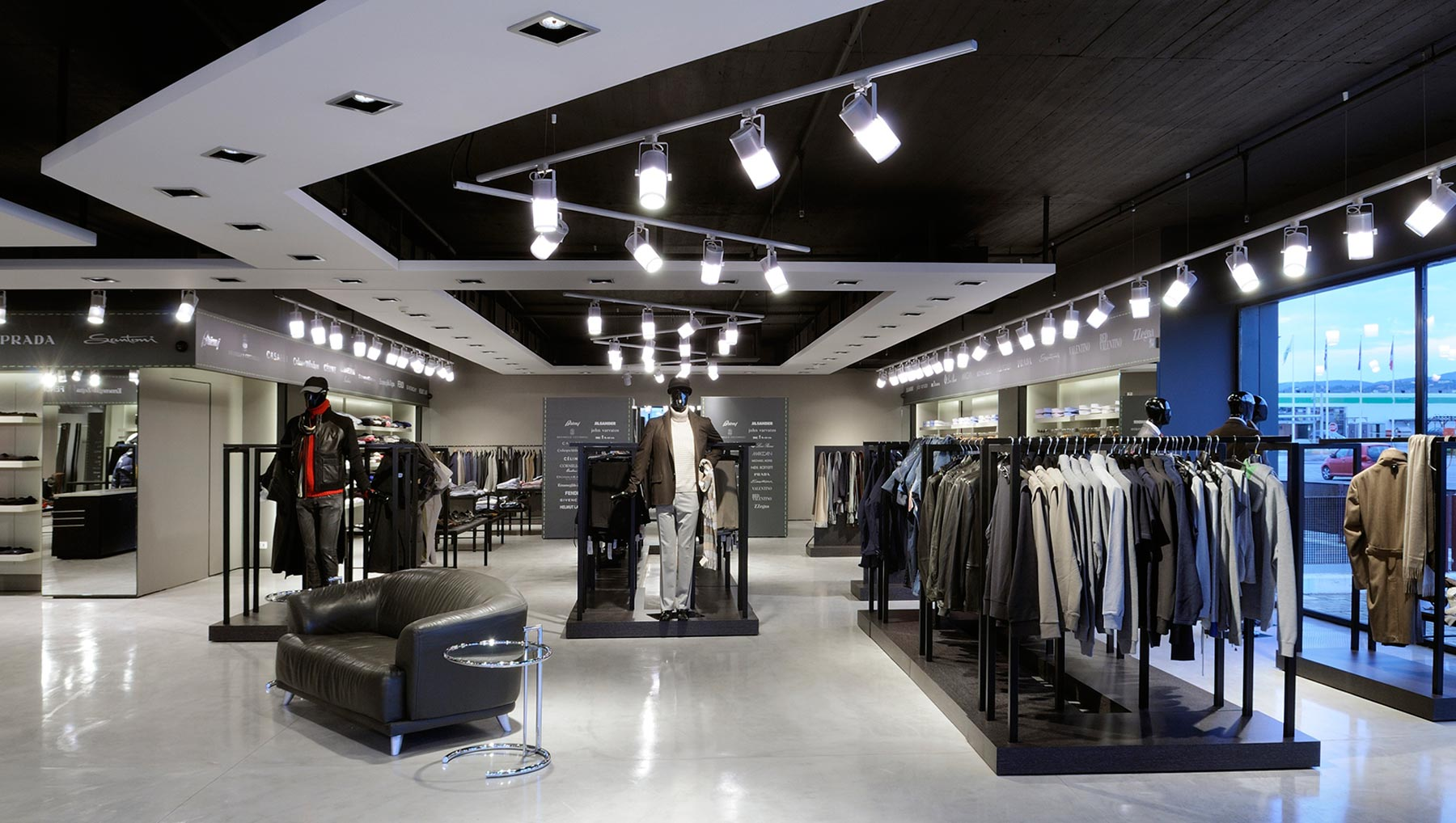 coastal-ceiling-lights-4-retail-lighting-design-1800-x-1018